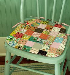 Patchwork chair pad by Alicia Paulson of Posie Gets Cozy