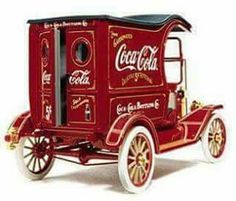 The 1913 Coca-Cola Ford Model T Delivery Truck: ~ Vintage Cars Vintage Coca Cola, Coca Cola Ad, Always Coca Cola, World Of Coca Cola, Vintage Trucks, Old Trucks, Chevy Trucks, Pickup Trucks, Vintage Advertisements