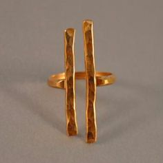 Hammered Gold Couplet Ring by Ilsa Loves Rick on Scoutmob Shoppe I Love Jewelry, Copper Jewelry, Wire Jewelry, Jewelry Art, Jewelry Rings, Jewelry Accessories, Handmade Jewelry, Fashion Jewelry, Jewelry Design