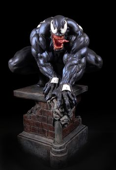 Venom Classic statue Sculpted by: Ryan Trificana  Release Date: December 2006 Edition Size: 2000 Order Of Release: Phase III (statue #77)