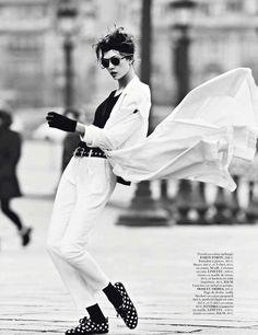 Parisian Tomboy Editorials - The Miss Vogue: Street Dance Photoshoot is Effortlessly Elegant (GALLERY)