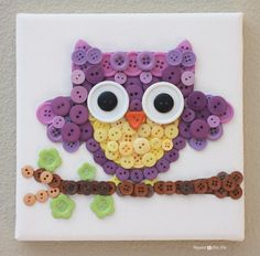 20 Creative Button Projects! How cute, then you can hang it on the wall in your kids room for them to take pride in making! :)
