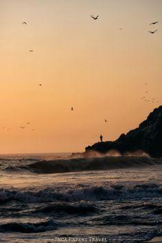 Top Travel Destinations, Amazing Destinations, Ocean Sunset, Beach Sunsets, Peru Beaches, Peru Travel, Galapagos Islands, Ancient Ruins, Beautiful Beaches