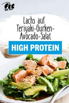 on teriyaki-cucumber-avocado salad recipe - FIT FOR FUN - This salad with teriyaki salmon, cucumber and avocado is a real filler! Healthy fats, high protein -Salmon on teriyaki-cucumber-avocado salad recipe - FIT FOR FUN . Cucumber Avocado Salad, Avocado Salad Recipes, Avocado Toast, Spinach Salad, Avocado Dessert, Crab Stuffed Avocado, Cottage Cheese Salad, Baked Teriyaki Salmon, Healthy Fats