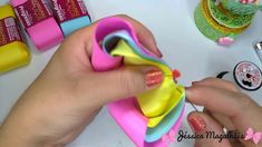 Fast And Easy Projects - How to Make Hair Clips? Diy Ribbon, Ribbon Crafts, Ribbon Bows, Diy Crafts, Making Hair Bows, Diy Hair Bows, Fabric Flower Headbands, Fabric Flowers, Frozen Bows