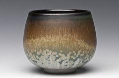 Sebastian Moh Tea Bowl love the glaze Pottery Mugs, Pottery Bowls, Ceramic Pottery, Pottery Art, Slab Pottery, Thrown Pottery, Japanese Ceramics, Japanese Pottery, Ceramic Bowls