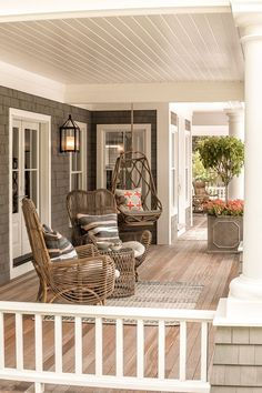 Do you need inspiration to make some DIY Farmhouse Front Porch Decorating Ideas in your Home? When you are trying to create your own unique Farmhouse Front Porch design, you will want to use ideas from those that are… Continue Reading → House Designs Exterior, House Design, Exterior Design, Farmhouse Front Porches, Home, Interior, House With Porch, Home Decor, Porch Design