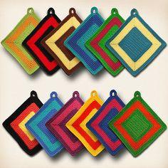 Crochet Quilt Pattern, Crochet Hat Tutorial, Crochet Potholder Patterns, Crochet Doily Rug, Crochet Carpet, Crochet Dollies, Crochet Square Patterns, Crochet Circles, Bead Crochet Rope