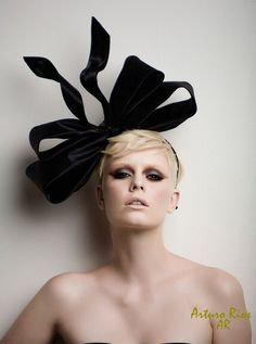 Couture Bow fashion headpiece fascinator by ArturoRios on Etsy, $179.00