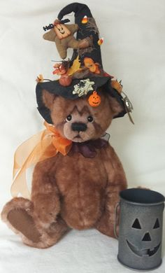 """""""I don't like spiders"""" is the name of this 16"""" bear. The online show was all about Halloween. The fur is incredible soft and is made of German synthetic."""