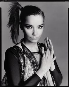 Image shared by Nadia. Find images and videos about bjork, Portrait photography and richard avedon on We Heart It - the app to get lost in what you love. Helmut Newton, Richard Avedon Portraits, Richard Avedon Photography, Anthony Kiedis, Robert Mapplethorpe, Steven Meisel, Sophia Loren, Great Photographers, Portrait Photographers