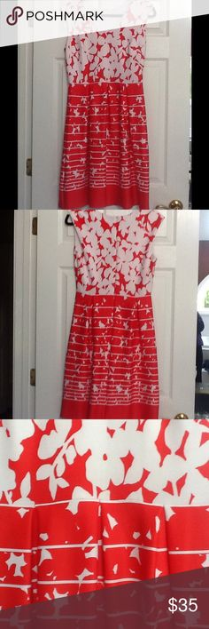 Studio One New York Dress Studio One New York Orange - Red dress and white. Size 6 Zipper back and hook closure. 95% polyester 5% spandex. Darts at bust. Gathers at waist. Sleeveless. In excellent pre worn condition Studio One Dresses