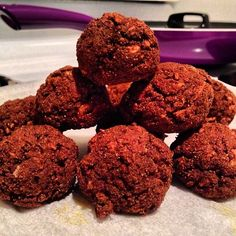 Chocolate banana and Peanut Butter protein balls