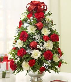 'Christmas Flower Centrepieces' - Buscar con Google