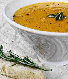 Butternut Squash & Rosemary Soup ~ this soup is simple to make and so delicious, I made it twice this week. Yes, it's THAT good. #fall