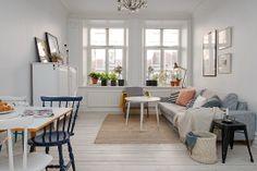 neutral colors、fabric Scandinavian  Slående takhöjd om cirka 3 meter & en härlig rymd