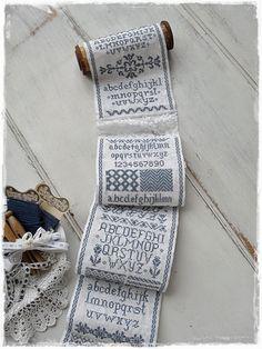 M'n rol is af Cross Stitch Designs, Cross Stitch Patterns, Cross Stitching, Cross Stitch Embroidery, Cross Stitch Finishing, Cross Stitch Needles, Monochrom, Sewing Accessories, Needle Felting