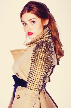Welcome to the most updated source dedicated entirely to the American actress Holland Roden, who is currently starring as Lydia Martin in MTV's hit show Teen Wolf. Beauty And Fashion, Passion For Fashion, Love Fashion, Female Fashion, Petite Fashion, Curvy Fashion, Diy Fashion, Style Fashion, Teen Wolf