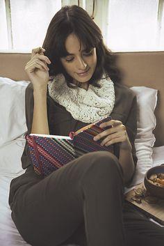 Ravelry: Tina Cowl pattern by Niree Noel Circular Knitting Needles, Snowflake Pattern, Turtle Neck, Ravelry, Cowls, Projects, Fashion, Log Projects, Moda