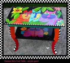 Kitty Table by nyt shadow