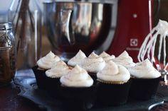 Gesztenyés meggyes muffin Cakes And More, Muffins, Cupcakes, Food, Recipes, Muffin, Cupcake Cakes, Essen, Eten