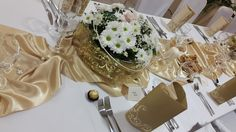 Table Decorations, Wedding, Furniture, Home Decor, Valentines Day Weddings, Decoration Home, Room Decor, Home Furnishings, Weddings