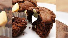 Zutaten (für 20 Muffins):      280 g Mehl     1/2 Tl Backpulver     1 prise Salz     2 Eier     100 g Zucker     1 Pkg Vanillezucker...