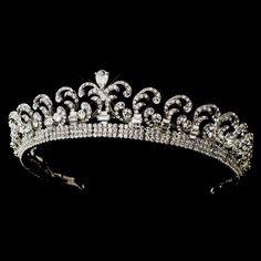 Royal Crown Jewels, Royal Crowns, Royal Tiaras, Royal Jewelry, Tiaras And Crowns, Diamond Tiara, Diamond Cuts, Pear Diamond, Baguette Diamond