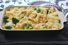 The last time I made rice, it took me exactly 1 minute and 30 seconds. I basically pulled the plastic wrap off of minute rice, stuck it in the microwave and waited impatiently for one minute. Chicken Broccoli Casserole, Broccoli Rice, Broccoli Chicken, Hungarian Recipes, Rice Casserole, Potato Salad, Macaroni And Cheese, Paleo, Dinner Recipes