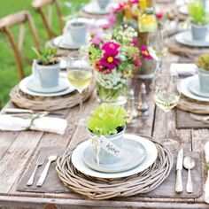 Summer Party Inspiration: Place Card Party Favors