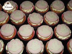 Mini cupcake Batizado Pombinha