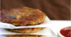 Veggie Dishes, Vegetable Recipes, Food Dishes, Vegetarian Recipes, Cooking Recipes, Potato Fritters, Zucchini Fritters, Delicious Recipes, Yummy Food