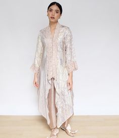 Kebaya Lace, Batik Kebaya, Kebaya Dress, Batik Dress, Lace Dress, Pakistani Fashion Casual, Hijab Fashion, Fashion Dresses, Outer Batik