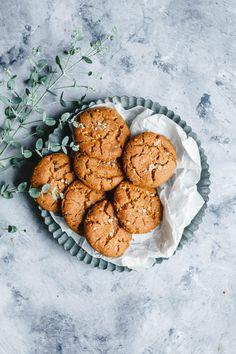 Food And Drink, Cookies, Crack Crackers, Biscuits, Cookie Recipes, Cookie, Biscuit