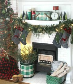 Love this cute Christmas mantle in pennies from heaven home on IG. Christmas Mantles, Christmas Stockings, Pennies From Heaven, Mantels, Holiday Decor, Cute, Home Decor, Needlepoint Christmas Stockings, Cornices