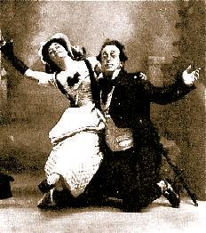 """Blanche Gaston-Murray as Susan and Walter Passmore as Professor Bunn in the original 1901 production of """"The Emerald Isle"""" at the Savoy Theatre."""