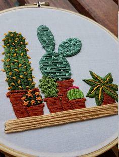 Cactus en macetas bordado aro arte