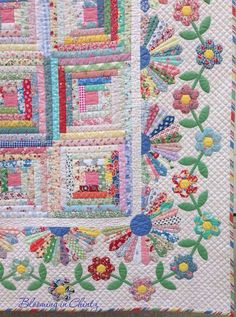 hexagon flowers in a border - Grandmother's Cabin by Rahna Summerlin Colchas Quilting, Free Motion Quilting, Quilting Projects, Quilting Designs, Hexagon Quilting, Quilting Ideas, Log Cabin Quilt Pattern, Log Cabin Quilts, Quilt Block Patterns