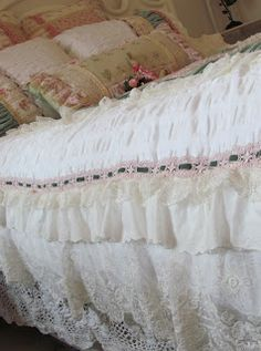 Angela Lace: Frilly Bed Cover