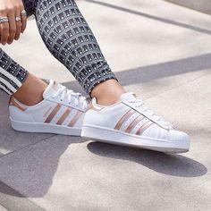 """Tendance Chaussures 2017  Basket Femme 2017 Description Sneakers femme  Adidas Superstar """"Rose G"""