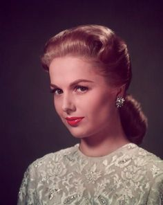Hooray For Hollywood, Hollywood Icons, Vintage Hollywood, Star Wars, Female Stars, Vintage Glamour, Grace Kelly, Famous Faces, American Actress