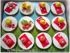 Chinese new year cupcakes.