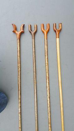 Thumbsticks Handmade Walking Sticks, Hand Carved Walking Sticks, Wooden Walking Sticks, Cool Walking Canes, Walking Sticks And Canes, Dremel Carving, Wood Carving Art, Woodworking Canes, Irish Walking Stick