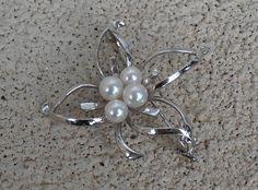 Tasaki Sterling Pearl Brooch Japanese Flower 4 Pearls