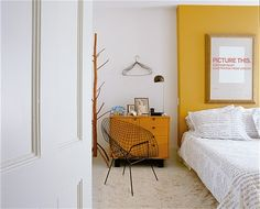 Untouched for 50 years, the house still has many of its original features. But how have Carin Goldberg and Jim Biber revamped the house? Paint Color Combos, Paint Colors, Mustard Walls, Old Cabinets, Teenage Room, Girl House, Home Bedroom, Master Bedroom, Wall Colors