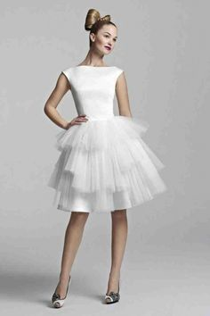 Adorable short and tea-length wedding dresses from Tobi Hannah Spring 2012 Youthquake bridal collection. Above, Amaze boat neck satin short wedding dress Mini Wedding Dresses, Alternative Wedding Dresses, Tea Length Wedding Dress, Wedding Dress Trends, Bridal Dresses, Wedding Gowns, Bridesmaid Dresses, Reception Dresses, Wedding Reception