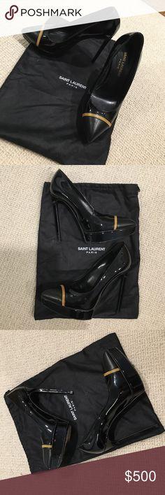 SAINT LAURENT Patent Leather Chain cap toe pumps SAINT LAURENT Black Patent Leather gold Chain cap toe pumps. Amazing condition, worn once, dustbag included. Size 36.5 Saint Laurent Shoes Heels