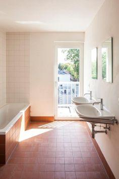 Bathroom Shower Panels, Bathroom Spa, Laundry In Bathroom, Bathroom Flooring, Bathroom Furniture, Kitchen Flooring, Modern Bathroom, Bathroom Styling, Bathroom Interior Design