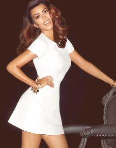 Kourtney Kardashian #whitedress #makeup