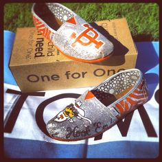 Custom Texas Longhorns on Silver Glitter TOMS!! SOLD! Place your order at Linds669@aol.com!